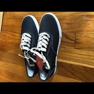 NWT Navy sneakers